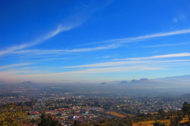 A view on the way to Cuernavaca, Mexico. Photo by Kirsten Fenn