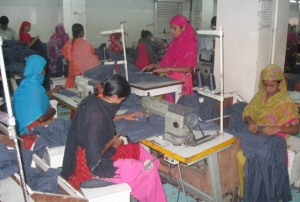 Garment workers in Bangladeshi factory